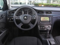 Skoda Superb 2013 photo