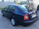 Skoda Octavia lift ideal                                            2003